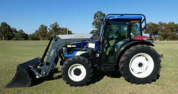 New Holland T4030 & Q26 loader