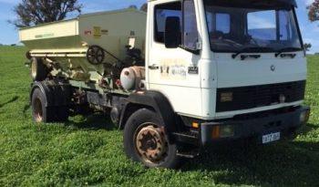 Mercedes Benz 1517 truck with Marshall Multispread 980TM spreader full
